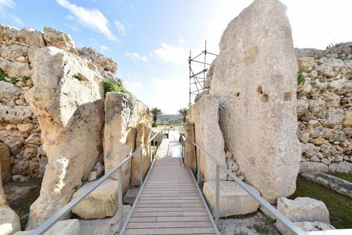 Đền Ġgantija - Du lịch Malta