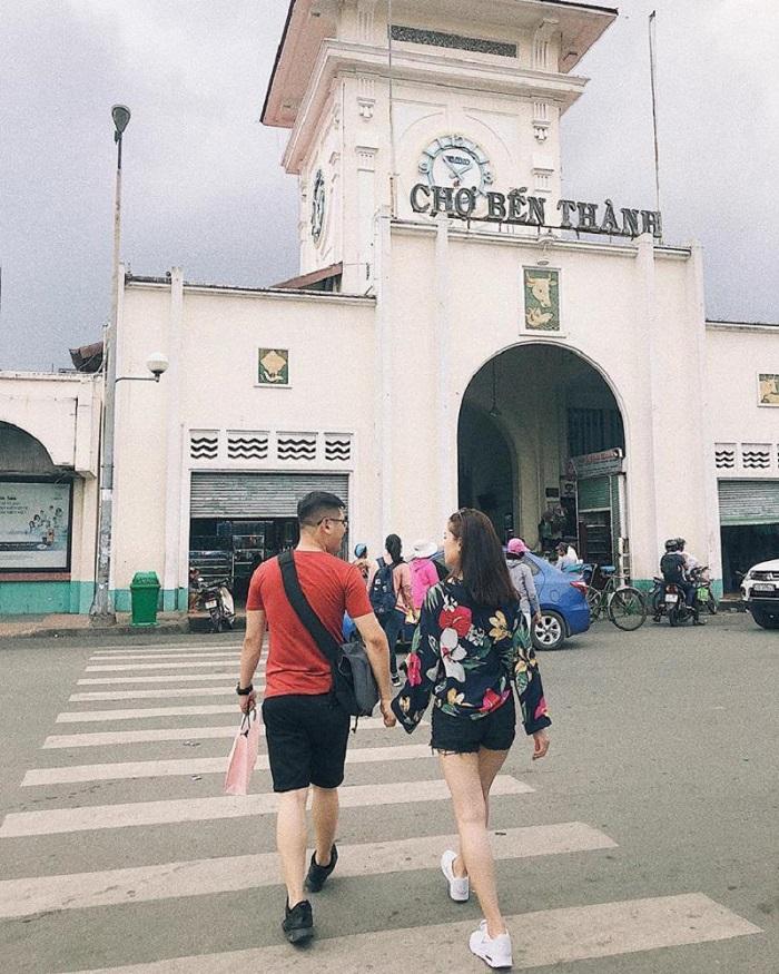 địa điểm chụp ảnh ngoại cảnh ở Sài Gòn- chợ Bến Thành