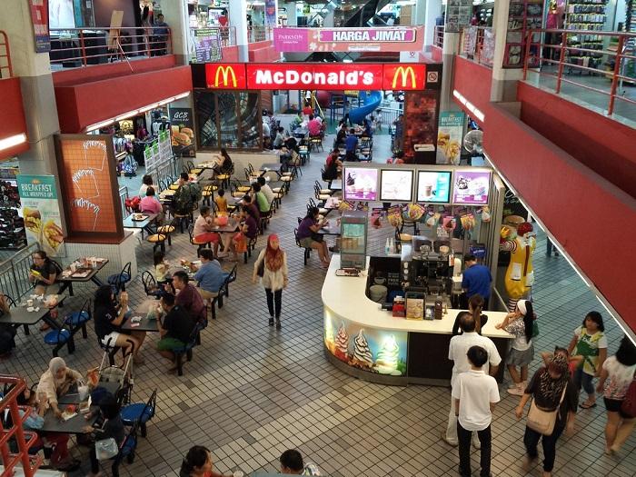 Holiday Plaza - Địa điểm mua sắm ở Johor Bahru