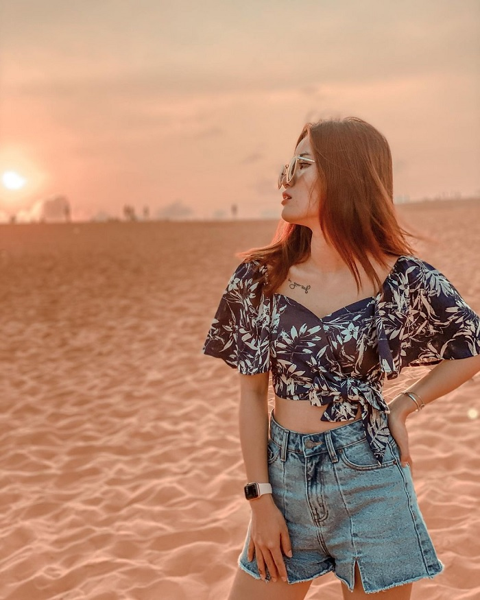 dawn - the ideal time to go to the beautiful sand dunes in Binh Thuan
