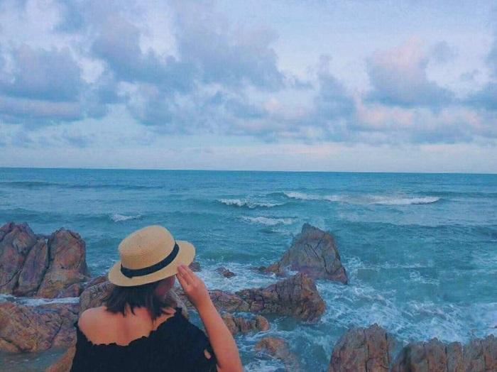 Son Hao beach - sightseeing