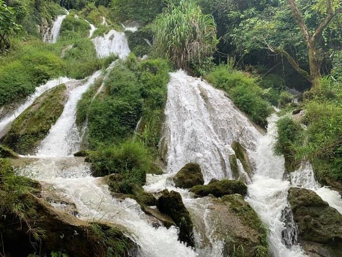 Thác Tạt Nàng - Địa điểm du lịch Hang Kia Pà Cò