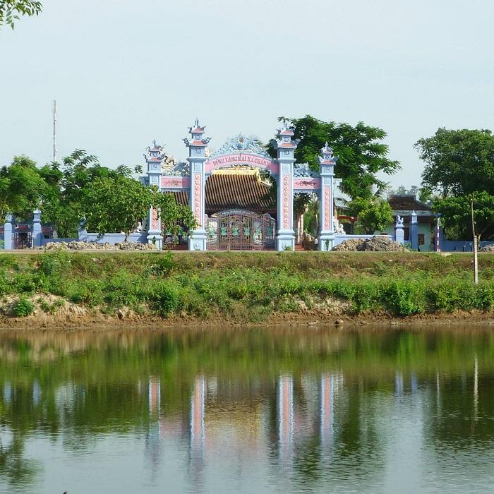 Du lịch làng Mai Xá - đình làng