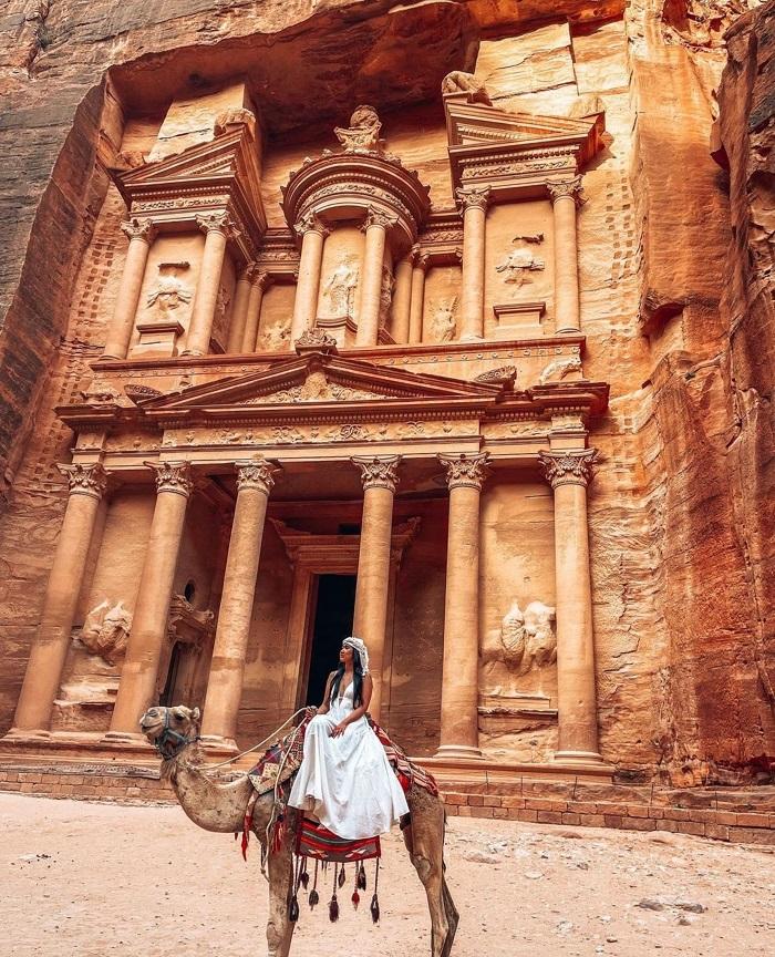 Nếu bạn là một người yêu thích lịch sử, thì Petra là nơi phải đến! - Du lịch Petra Jordan