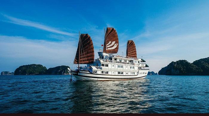 du thuyền 5 sao ở Hạ Long - Du thuyền Bhaya