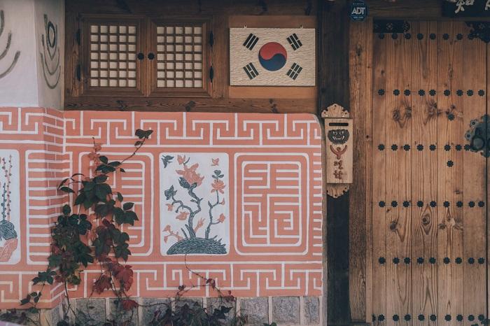 Một ngôi làng truyền thống được bảo tồn với nét văn hóa đặc trưng - Làng Hanok Jeonju