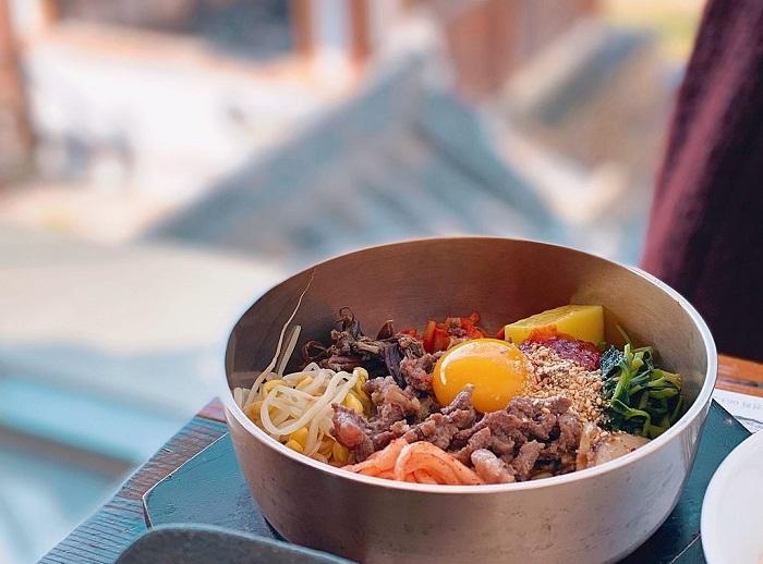Món Bibimbap - Làng Hanok Jeonju