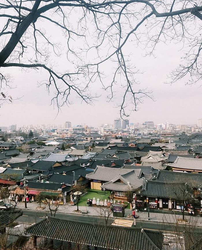 Làng Hanok Jeonju mang đến một cái nhìn sâu sắc về cuộc sống của Hàn Quốc cổ đại