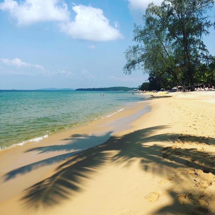 8 bãi biển đẹp ở miền Tây - Nét hoang sơ