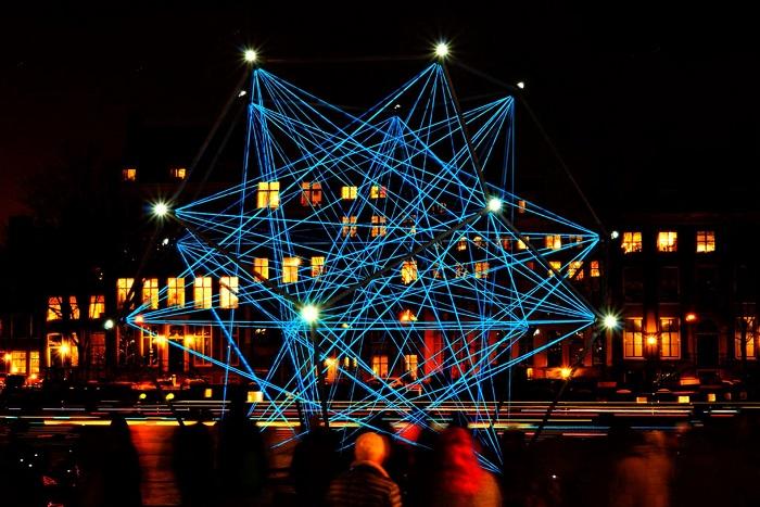 Một màn trình diễn ánh sáng trong Lễ hội ánh sáng Amsterdam - Lễ hội ánh sáng đẹp nhất thế giới