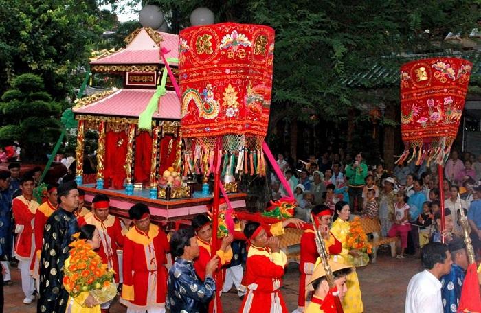 Những lễ hội ở Kiên Giang - lễ hội Dinh Bà