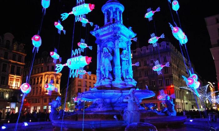Lễ hội Fête des Lumières - Lễ hội ánh sáng đẹp nhất thế giới