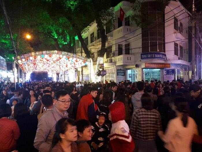 phố đi bộ Kỳ Lừa - điểm đến hấp dẫn ở Lạng Sơn
