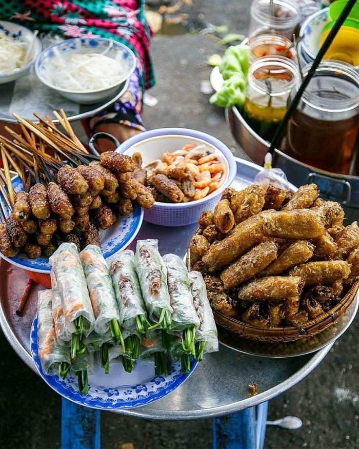 Saigon Chinatown - many delicious dishes