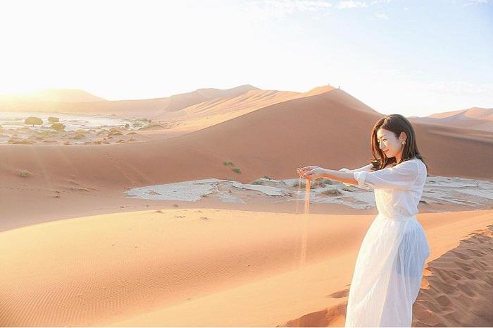 Sa mạc Namib là một trong những điểm đến du lịch hàng đầu ở Namibia - Sa mạc Namibia
