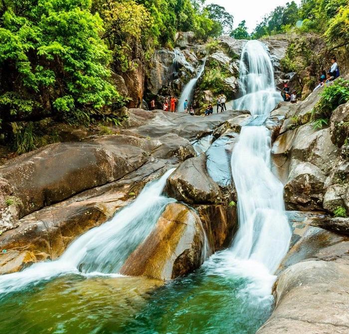 Những thác nước đẹp ở Quảng Ninh- thác Khe Vằn