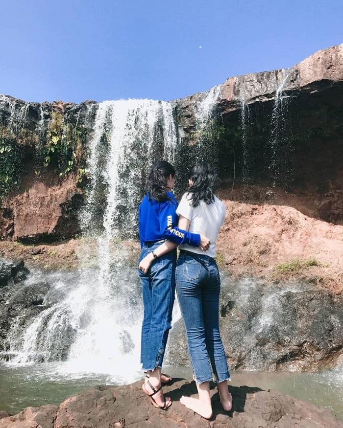Những thác nước đẹp ở Quảng Ninh- thác Mơ nổi tiếng