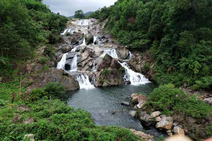 Tien Phuoc tourist destination - O O waterfall