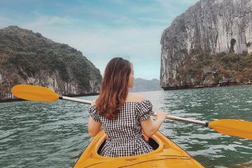 Kinh nghiệm chèo thuyền kayak ở Hạ Long siêu vui và trải nghiệm
