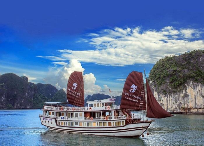 Du thuyền Bhaya Classic - tour du thuyền Hạ Long chất lượng