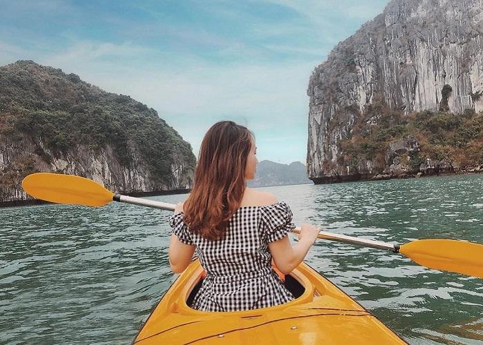 chèo thuyền kayak ở Hạ Long - trải nghiệm thú vị