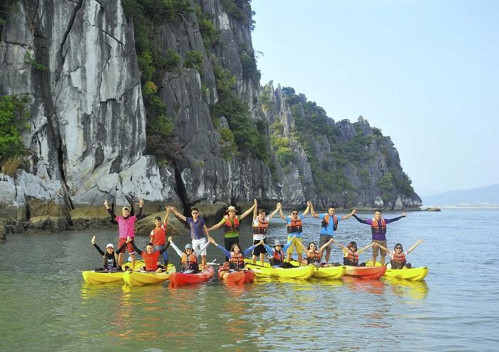 chèo thuyền kayak ở Hạ Long - cách chèo thuyền