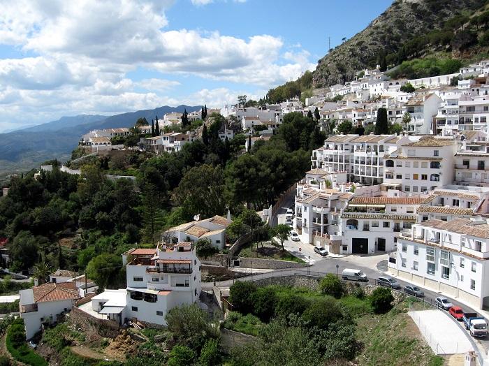 Ngôi làng màu trắng Mijas - địa điểm du lịch Tây Ban Nha hấp dẫn