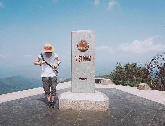 Thiêng liêng những cột mốc biên giới Việt Nam