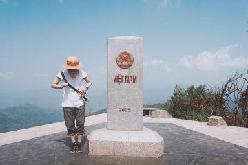 Đi dọc Việt Nam chinh phục những cột mốc biên giới thiêng liêng nhất