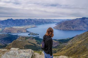 Khám phá vẻ đẹp cuốn hút của thị trấn Queenstown New Zealand