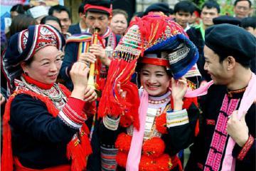 Những điều cần biết về tục cưới hỏi của người Dao Đỏ Tuyên Quang