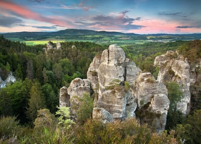 Tham quan khu bảo tồn thiên nhiên Hruboskalsko Cộng Hòa Séc