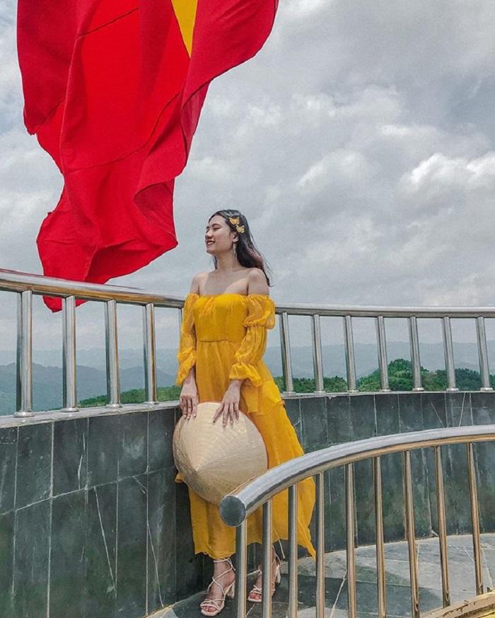 Check in ở cột cờ Lũng Cú Hà Giang