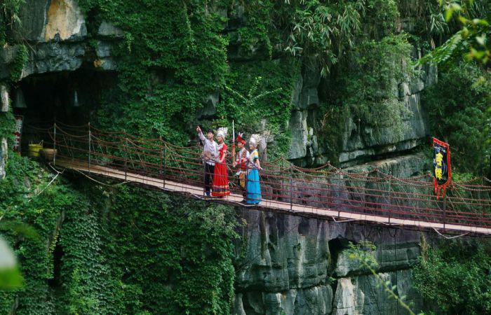 Khám phá vẻ đẹp của thành Đại Lý - Công viên mùa xuân