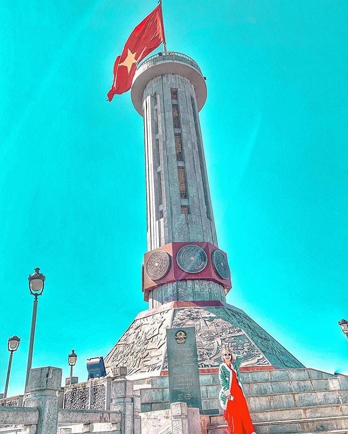 Cột cờ Lững Cú Hà Giang ở đâu