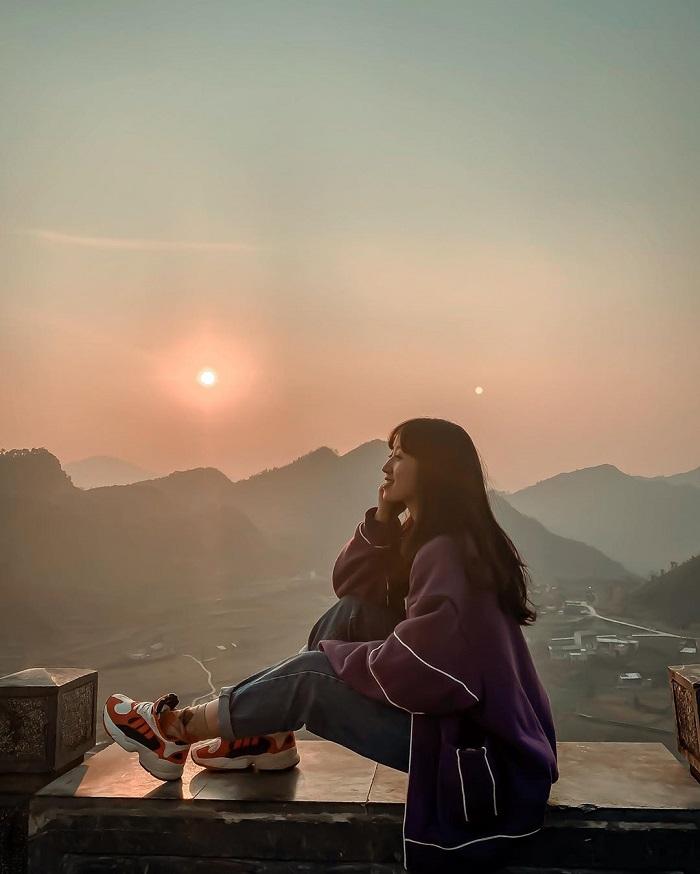 hoàng hôn ở Lũng Cú Hà Giang