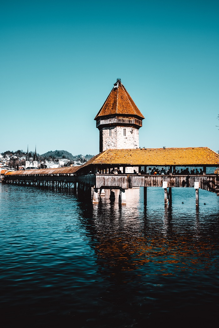 Back in time, return to the old town of Lucerne, beautiful and peaceful Switzerland