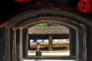 Đến khu phố cổ Đồng Văn Hà Giang lạc vào thế giới cổ của cao nguyên Đông Bắc