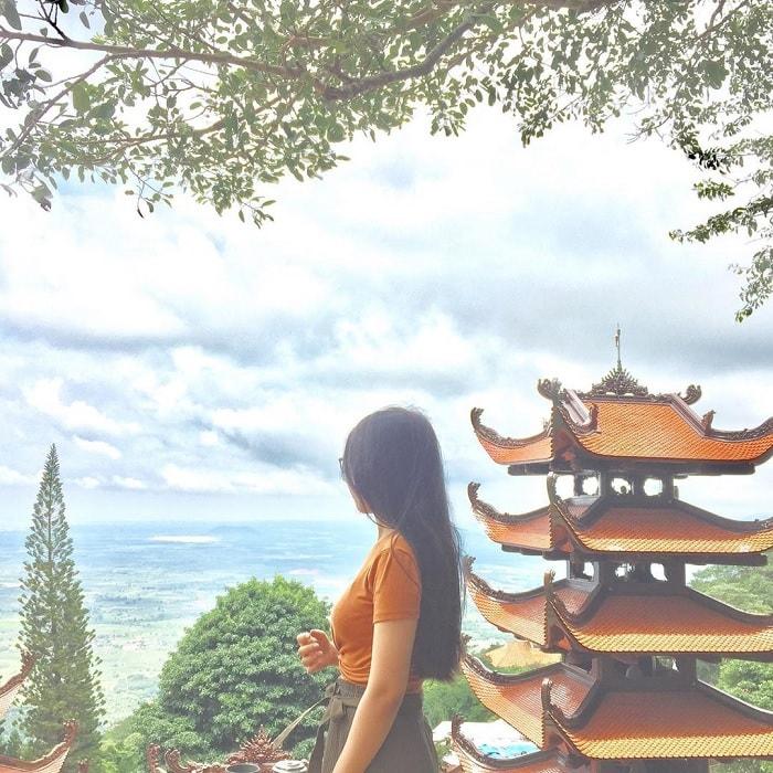 'Lắng mình' trong sự thanh tịnh của chùa núi Tà Cú Phan Thiết