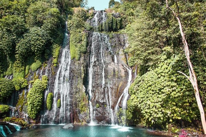 Thác đôiBanyumala - Địa điểm tham quan Munduk Bali