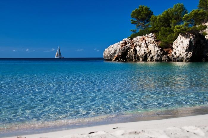 Bãi biểnCala Escorxada - Du lịch đảo Menorca