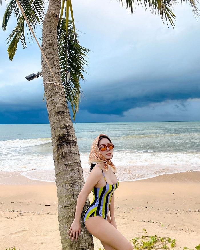 Ong Lang beach Phu Quoc - swimming
