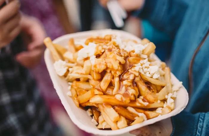 Poutine ở Canada - Top 16 món ăn đường phố ngon nhất thế giới