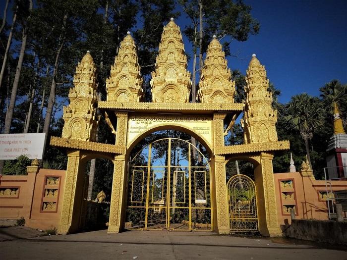 chùa Tam Bảo Hà Tiên- chùa Phật Lớn