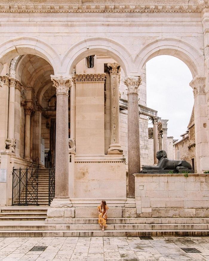 Cung điện Diocletian có một số kiến trúc La Mã ấn tượng nhất
