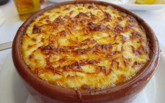 Cà tím với thịt và khoai tâyMoussaka - Du lịch đảo Síp