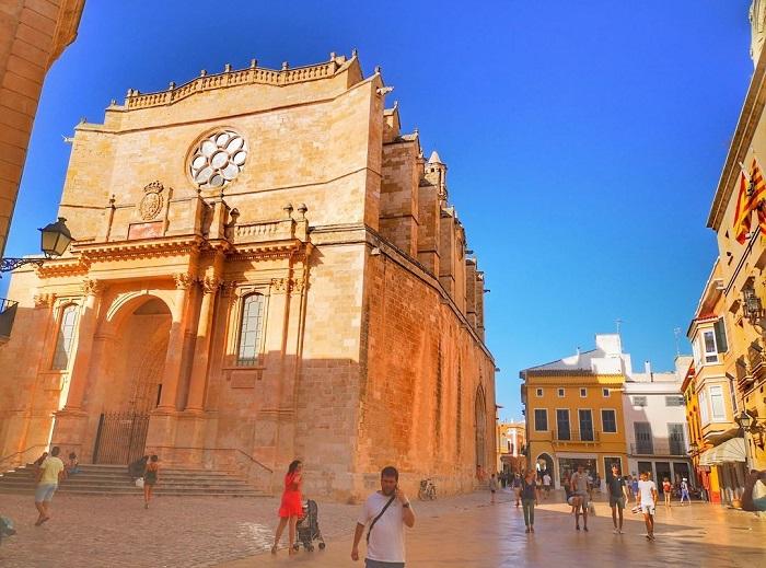 Thị trấn Ciutadella - Du lịch đảo Menorca