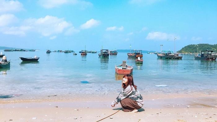 thuyền - phương tiện đến Đảo Thanh Lân