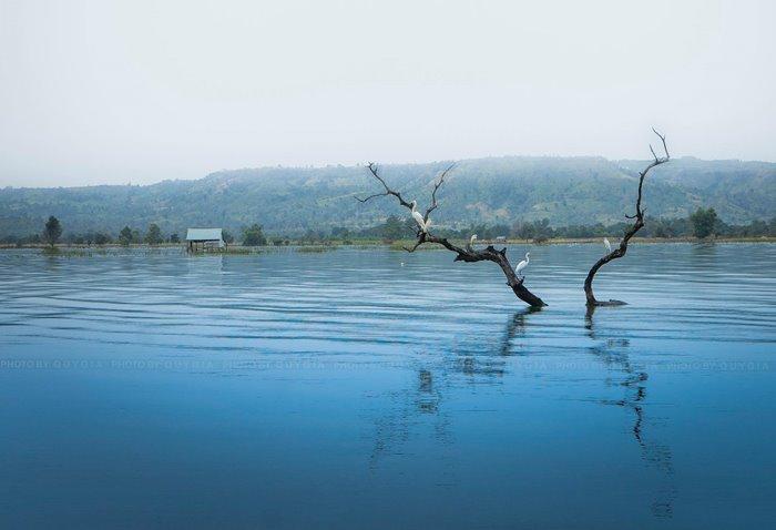 vẻ đẹp hồ AYun Hạ Gia Lai