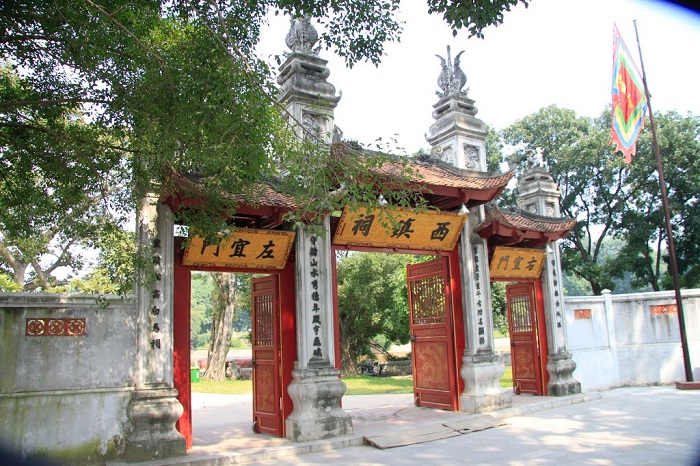 Voi Phuc Temple - an ancient break point in the midst of the magnificent Ha Thanh